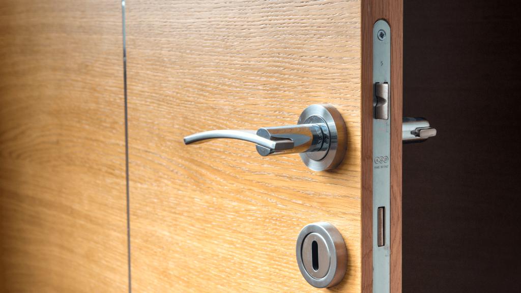 HMO Fire Door Internal Lock